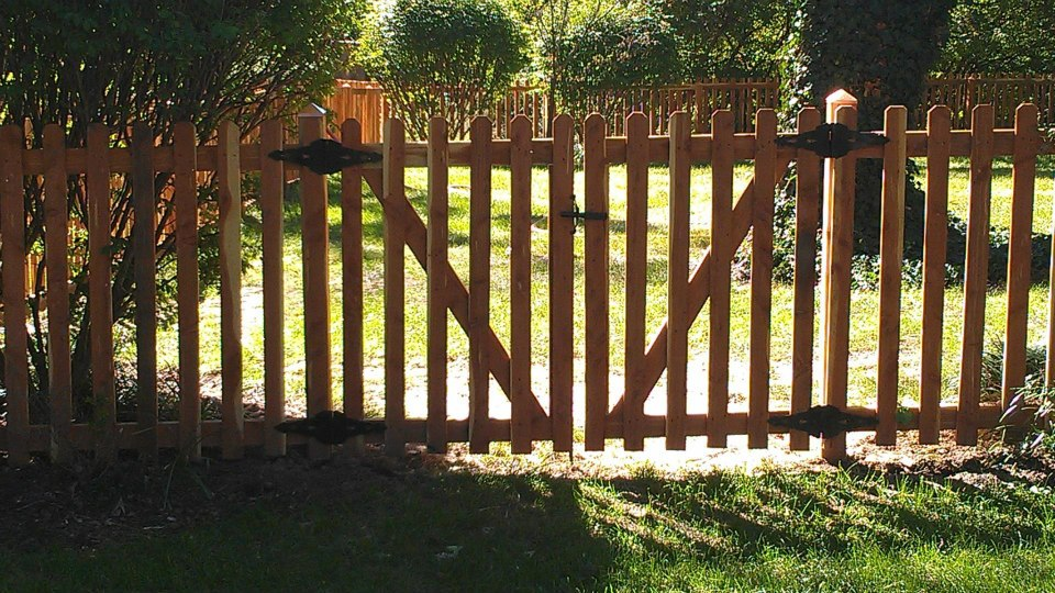 Eastern Red Cedar Fence With Gate