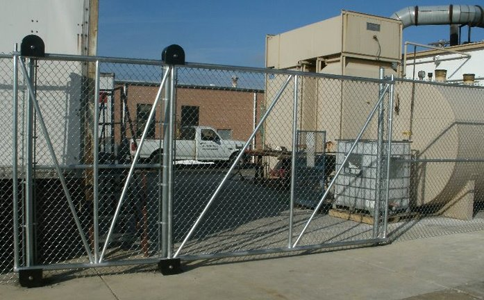 10ft Cantilever Roll Gate
