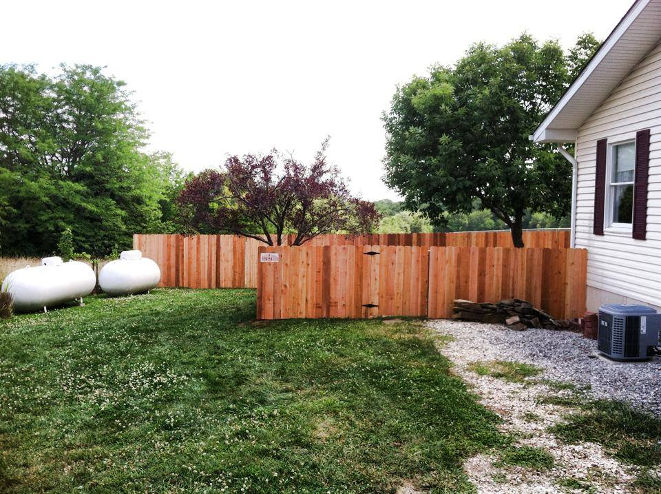 6ft tall cedar privacy fence Moscow Mills
